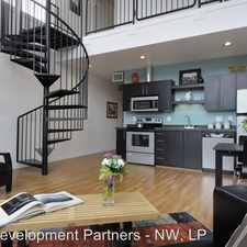 Rental info for 3103 SE Division Street in the Richmond area