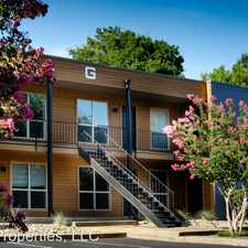 Rental info for 200 E. Lakewood Street in the Nacogdoches area
