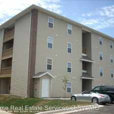 Rental info for 813 S. Robberson in the Springfield area