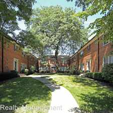 Rental info for 2112 W. Foster Ave 1N in the Lincoln Square area