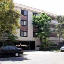 Rental info for 2437 Corinth Avenue #101 in the Los Angeles area