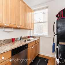 Rental info for 514 W Deming Place in the Lincoln Park area