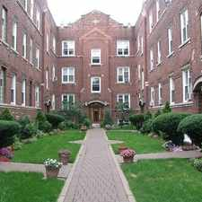 Rental info for 654 West Oakdale Avenue #1S in the Chicago area