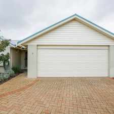Rental info for SPACIOUS TOWNHOUSE IN EAST BUNBURY! FURNISHED OR UNFURNISHED! LAWNMOWING INCLUDED!