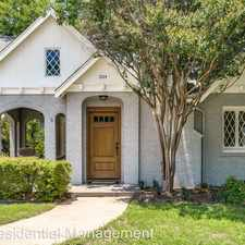 Rental info for 1924 Forest Park Blvd in the Fort Worth area