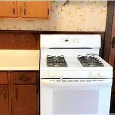 Rental info for Alton - Superb Apartment Nearby Fine Dining. Wa... in the Godfrey area