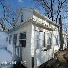 Rental info for 718 E. Washington in the Northeast South Bend area