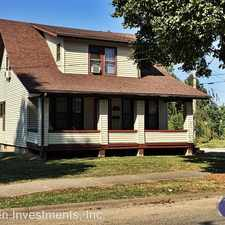 Rental info for 122 W Pierce St in the Macomb area