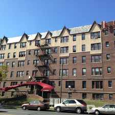 Rental info for $1200 2 bedroom Apartment in Newark in the North Broadway area