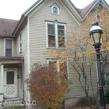 Rental info for 413 Grove Street in the Rockford area