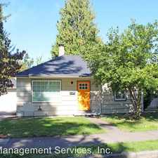 Rental info for 9045 SE Taylor St in the Portland area