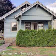 Rental info for 2425 SE Tacoma St in the Milwaukie area