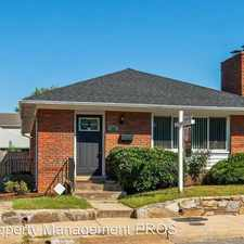Rental info for 105 S Fillmore Street in the Arlington Heights area