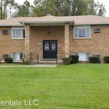 Rental info for 841 Moyer Ave in the Boardman area