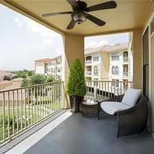 Rental info for 4 Bedrooms Townhouse - Incredible Lakefront Con...