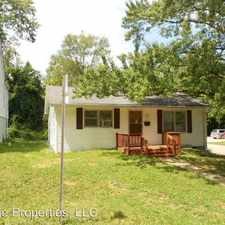 Rental info for 102 South Clark Street in the Bloomington area