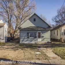 Rental info for 827 E 23rd St in the Des Moines area