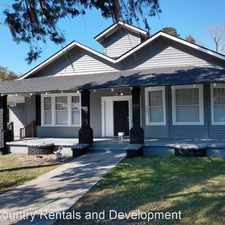 Rental info for 1602 E Henry St Unit A in the Savannah area