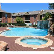 Rental info for Oaks of Westlakes in the San Antonio area