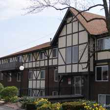 Rental info for Courtland Manor Apartments in the Webster Groves area