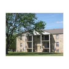 Rental info for Courtyards on Glendale by K & R in the Toledo area