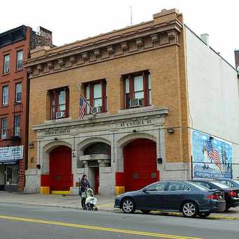 Photo of E083 FDNY Firehouse Engine 83 & Ladder 29 in South Bronx, New York