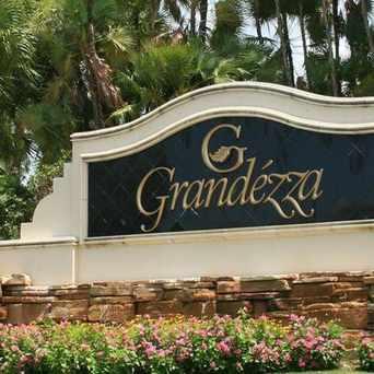 Photo of Grandezza in Estero