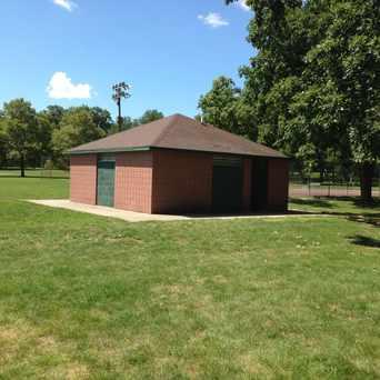 Photo of Garfield Park (Burton) in Garfield Park, Grand Rapids