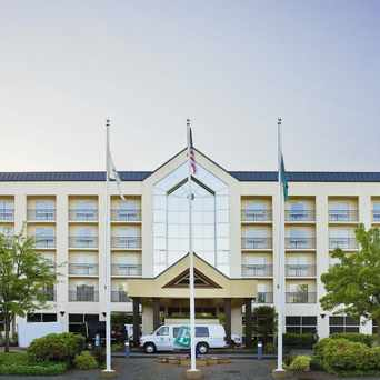 Photo of Embassy Suites Seattle - Bellevue in Sammamish-East Lake Hills, Bellevue