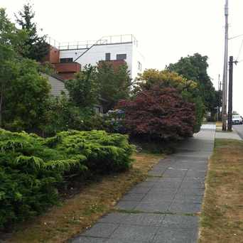 Photo of SW ATLANTIC ST & 44TH AVE SW in North Admiral, Seattle