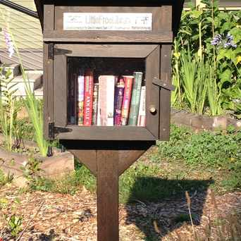 Photo of Little Free Library in Victory Heights, Seattle