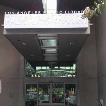 Photo of Palisades Branch Library in Pacific Palisades, Los Angeles