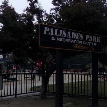 Photo of Palisades Park in Pacific Palisades, Los Angeles