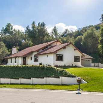 Photo of 3934 Cresthaven Dr in Thousand Oaks
