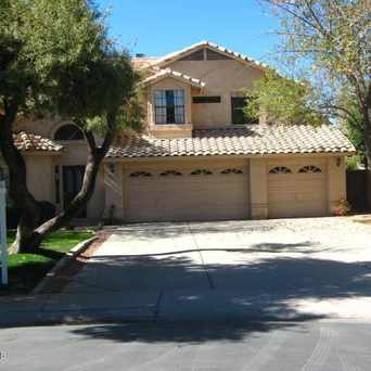 Photo of 920 N Sweetwater Bay Dr in Gilbert