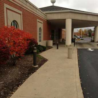 Photo of Cuyahoga County Public Library in Strongsville