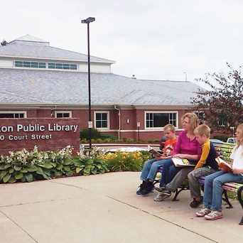 Photo of Burlington Public Library in Burlington