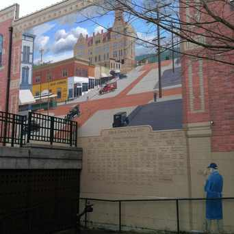 Photo of Mural At The Village Green in Bellingham