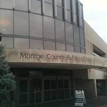 Photo of Monroe County Public Library in Bloomington