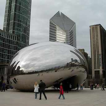 Photo of Cloud Gate in The Loop, Chicago