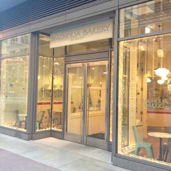 Photo of Magnolia Bakery in The Loop, Chicago