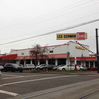 Photo of Les Schwab Tire Center in Northwest District, Portland