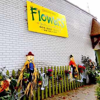 Photo of Candler Park Flower Mart in Candler Park, Atlanta
