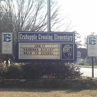 Photo of Crabapple Crossing Elementary School in Milton