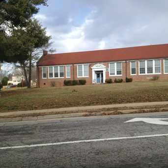 Photo of White Oak Elementary School in Burke