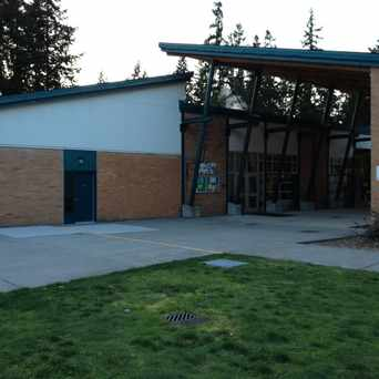 Photo of Cottage Lake Elementary School in Cottage Lake