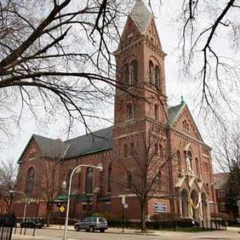 Photo of St Matthias Church in Ravenswood, Chicago