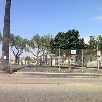 Photo of Burbank Elementary School in Franklin School, Long Beach