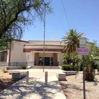 Photo of Blenman Elementary School in Blenman-Elm, Tucson