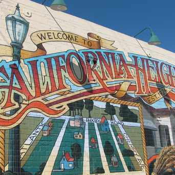 Photo of Cal Heights Mural in Long Beach